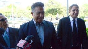 Peña Antonio llegó a la Procuraduría a las 10:00 de la mañana.