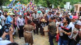 El domingo 11 de junio fue la fiesta de los hermanos Guillén, como también se conoce esta actividad, en la que cientos de personas de diferentes puntos del país participaron del culto a San Antonio Negro.