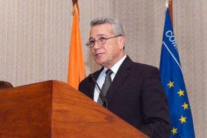 Nelson Toca Simó fue designado como nuevo ministro de Industria y Comercio en sustitución de Temístocles Montás.