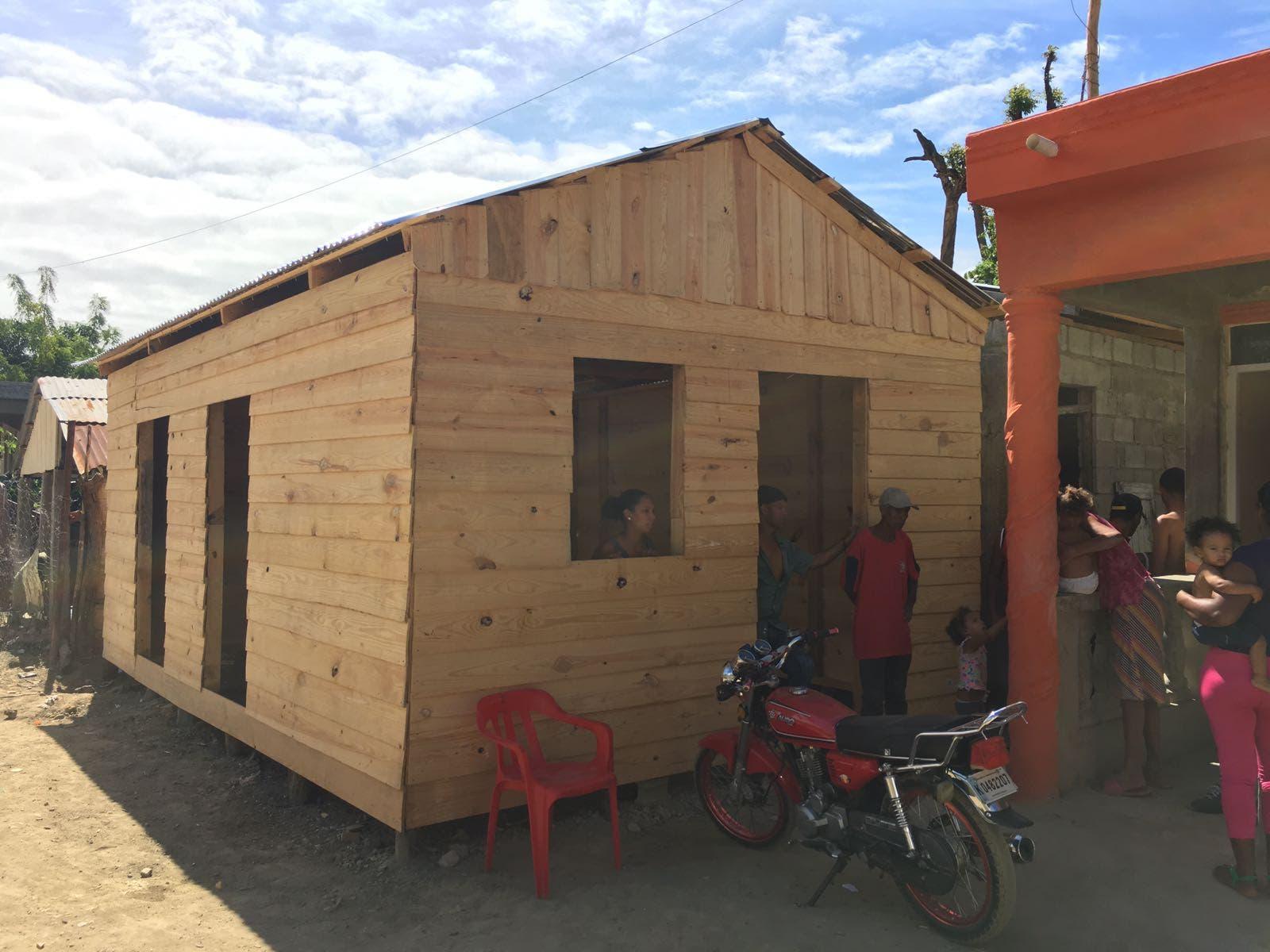 Entidades asisten a familias de la región del Cibao
