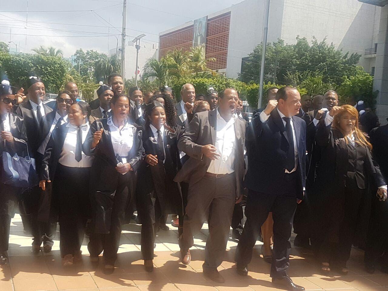 Abogados protestaron nuevamente por traslados y suspensiones de jueces