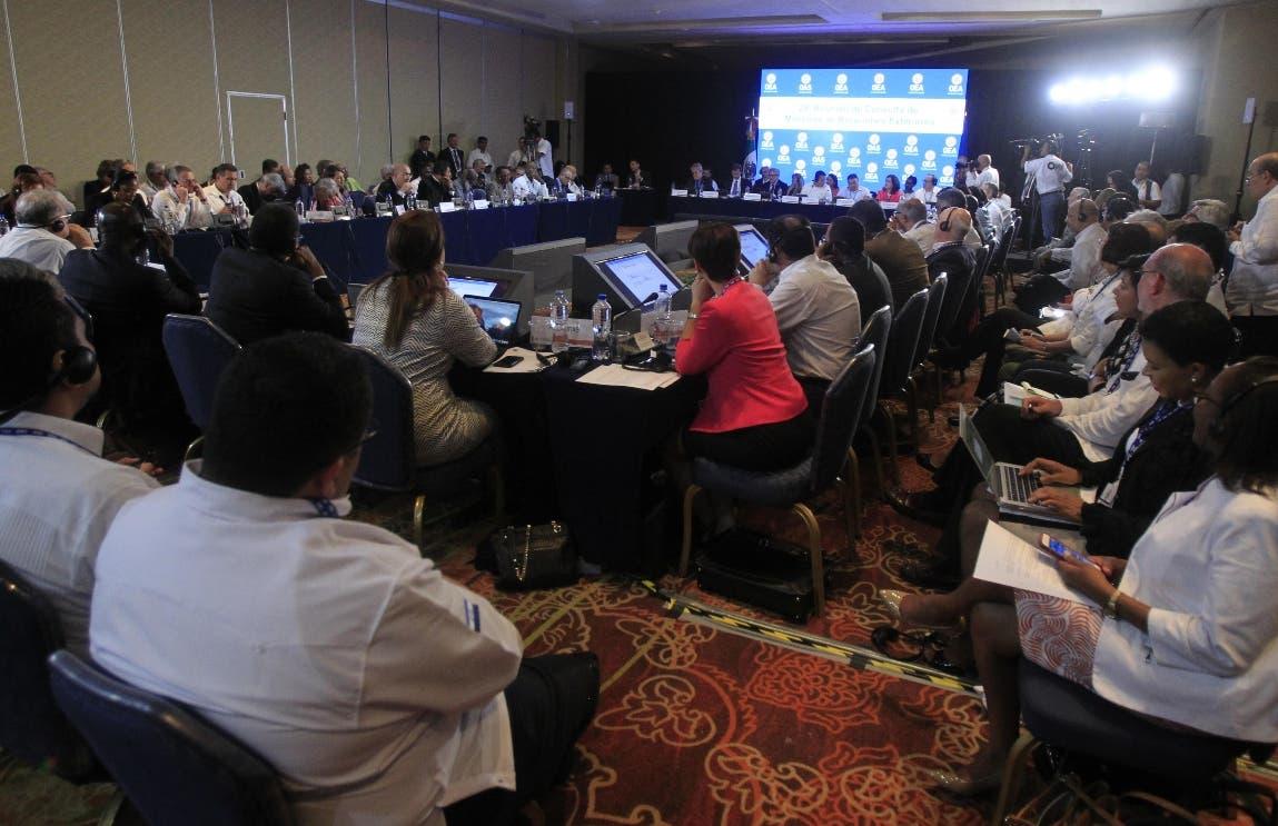 Vista general  durante de la 29ª Reunión de Consulta de Ministros de Relaciones Exteriores previo a la inauguración de la 47 Asamblea General de la Organización de Estados Americanos (OEA), en Cancún, en el estado de Quintana Roo (México). EFE