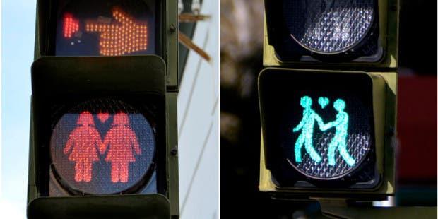 Madrid instala semáforos «gay» para promover equidad