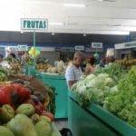 El mercado está localizado en la avenida Correa y Cidrón, sector de La Paz.