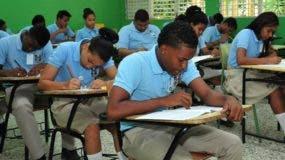 Estudiantes en las recientes  Pruebas Nacionales.
