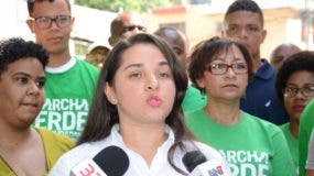 Geny Lozada y María Teresa Cabrera hablaron ante la prensa.