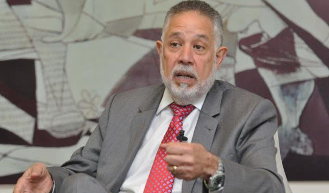 Campos De Moya, presidente de  Asociación  de Industrias.