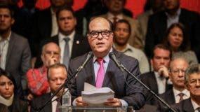 """La oposición considera la  Constituyente un """"fraude""""  para anular las elecciones del año 2018."""