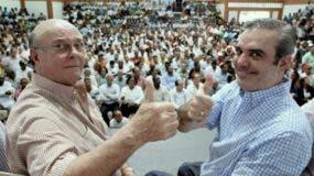 El pasado candidato presidencial Luis Abinader y el expresidente Hipólito Mejía debaten su candidatura para el año 2020
