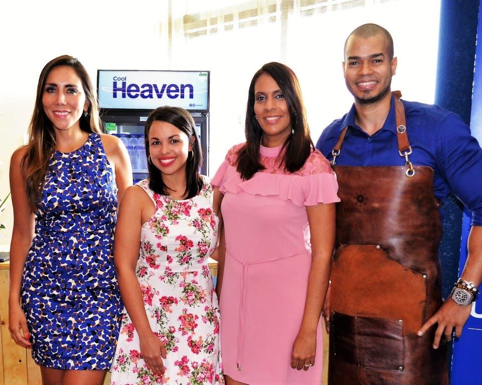 Lorena Gutiérrez, Gilse Echavarría, Érika Santos y Carlos Mejía.