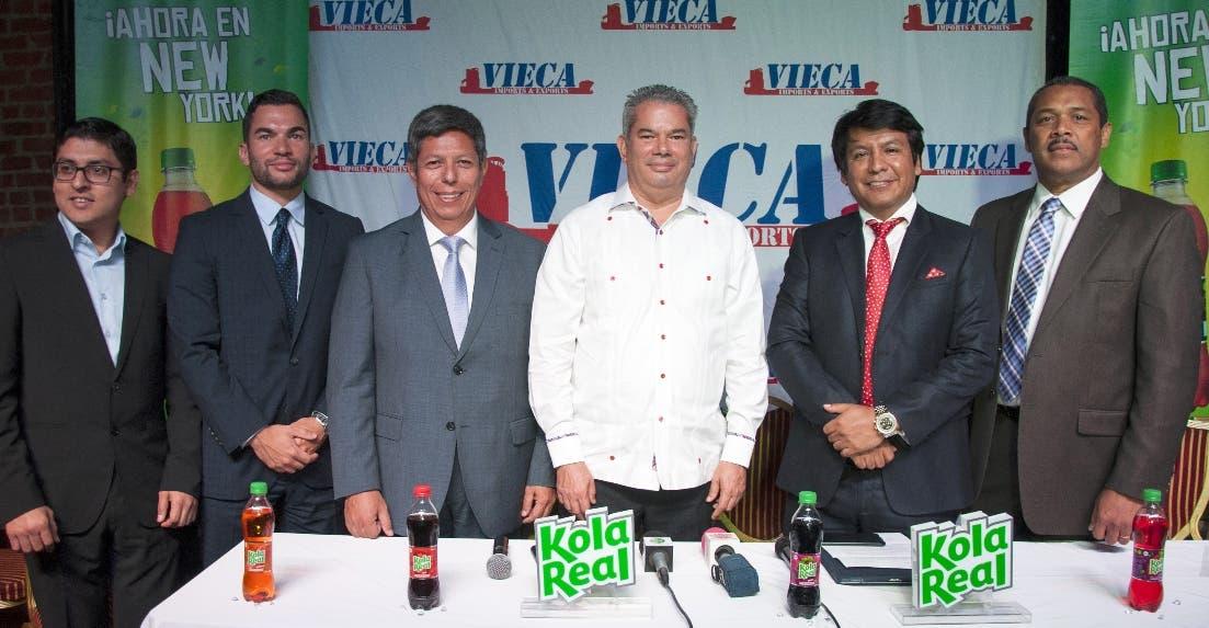 Jack del Águila, Henry Vieluf, Enrique Rosas, Heinz Vieluf, Arturo Marroquin,  y Julio Isidor.