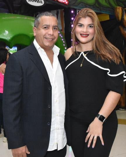 Gustavo Pacheco  y Jhelsy Felix.