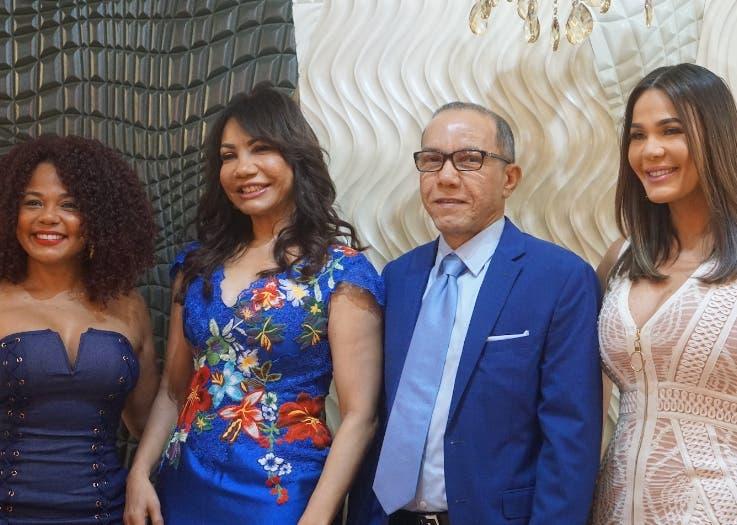 Chedy García, Ana Beato, Jovanny Beato y Luz García.