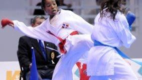 La karateca Ana Villanueva forma parte de la selección.