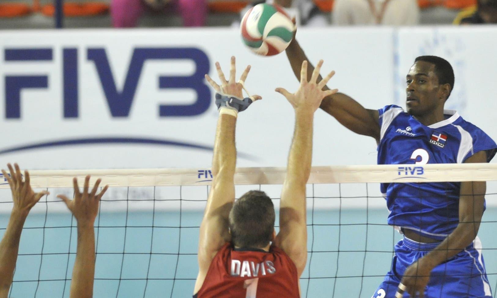 Elvis 'Peco' Contreras busca otro podio a equipo de voleibol dominicano