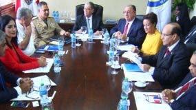 La extensión  de la vigencia de los carnés    se anunció   tras la   reunión del Consejo de Migración celebrada  en el Ministerio de  Interior.