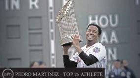 El dominicano Pedro Martínez fue clave para que Boston acabara con la sequía de años sin ganar.