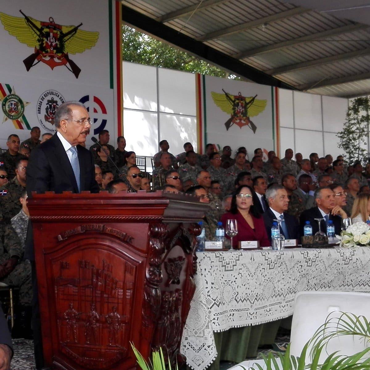 Danilo Medina inaugura hogar para militares retirados indigentes