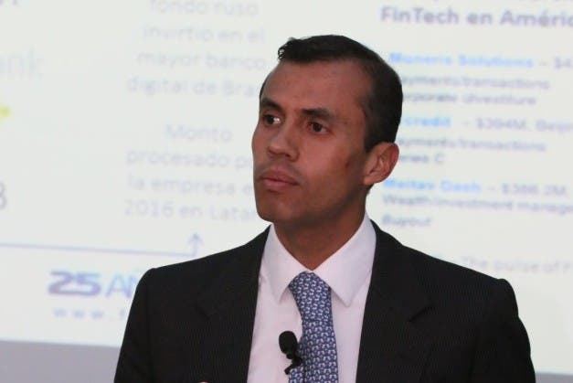 Experto instituciones financieras deben adaptarse a las tecnologías modernas
