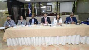 Parte del personal de la Dirección Nacional de Elecciones de la JCE.