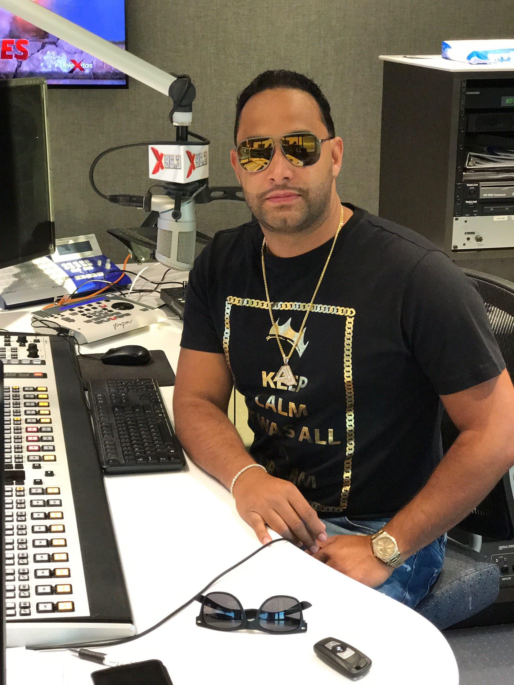 Dj Joan un dominicano que triunfa en Univisión Radio