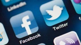 facebook-twitter-kvyc-u40422432154nzh-624x385rc