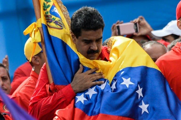 Maduro, el chofer que se resiste a perder el control del autobús