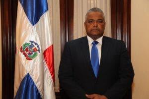 Marcos Cruz García, suplente del presidente del TSE,  Román Jáquez Liranzo.