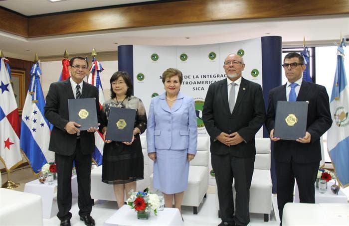 Taiwán apoya proyectos en pesca y agricultura de la Región