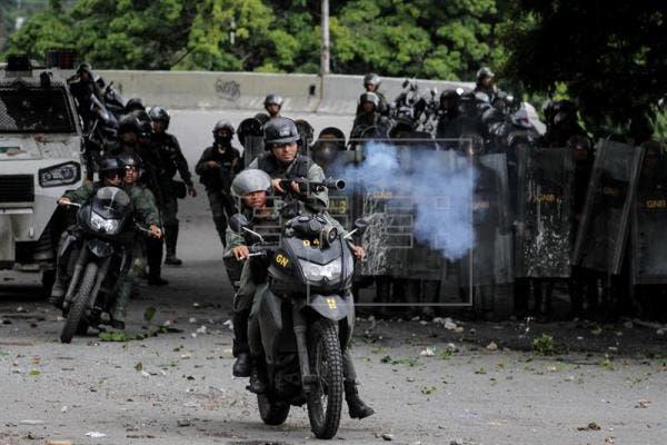 Brotes de violencia durante elección de polémica Constituyente en Venezuela