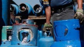 Distribuidores de gasolina y gasoil propugnan porque se permita vender tanto combustibles líquidos como gaseosos en una misma estación. Foto de archivo.