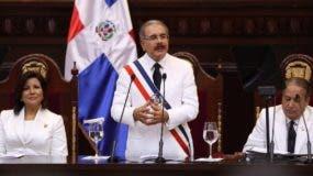 El presidente Danilo Medina prometió mejoras sustanciales a la población en su toma de posesión.