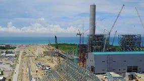 La construcción de la Central Termoeléctrica Punta Catalina  incluye dos plantas a carbón que tendrá una capacidad bruta de 752 megavatios, así como un muelle para desembarcar elcarbón mineral. FUENTE EXTERNA