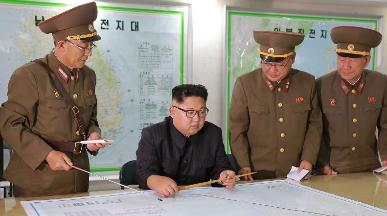 El presidente  Kim Jong-Un plantea prevenir un conflicto bélico. AFP