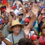 """Miles de venezolanos ofrecieron ayer apoyo al gobierno de Nicolás Maduro a través de la denominada """"Marcha popular""""."""
