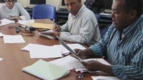 Comisión Electoral pidió excusa por la tardar en dar  resultados.  elieser tapia