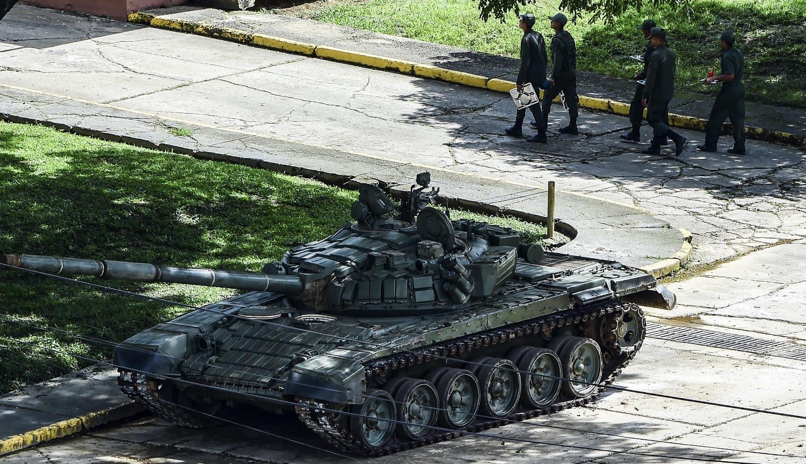 El presidente Nicolás Maduro confirmó que veinte mercenarios, en su mayoría civiles, ingresaron al   fuerte militar Paramacay.