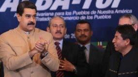 Nicolás Maduro reunió el Consejo Político del grupo regional.