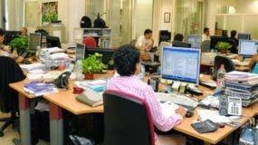 Diferentes sectores han externado preocupación por la cantidad de empleados que tiene el Estado.