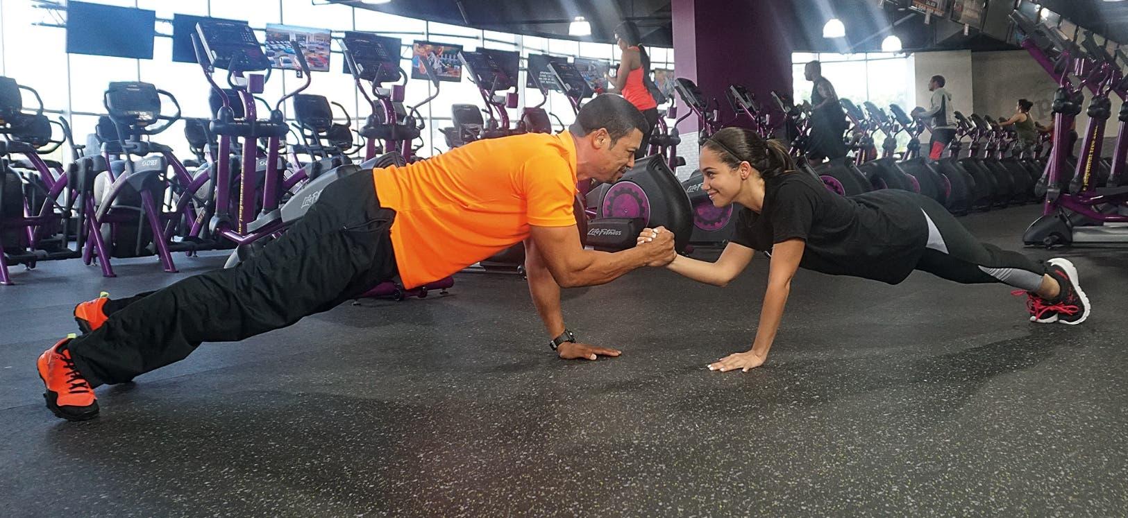 Estos ejercicios fortalecen los músculos, mejoran el desempeño y rendimiento,    estimulan el metabolismo y quema de calorías.