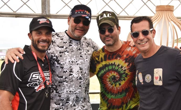Alex Guzmán, Rodolfo Dietsch, Luis  Carbuccia y Domingo Bermúdez.