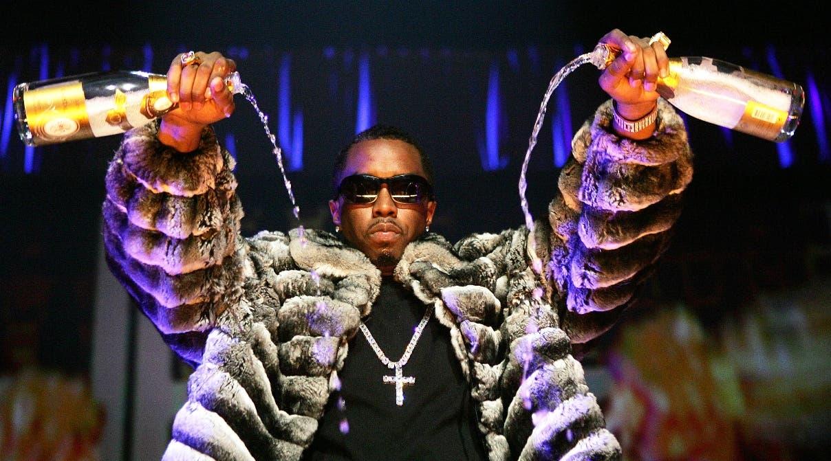 El coreógrafo, actor y productor musical  P. Diddy posee una fortuna de 130 millones de dólares.