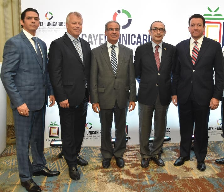 Luis González, Urs Schnider, Daniel Saban, Carlos Tirado Zavala y José Alejandro Aybar.