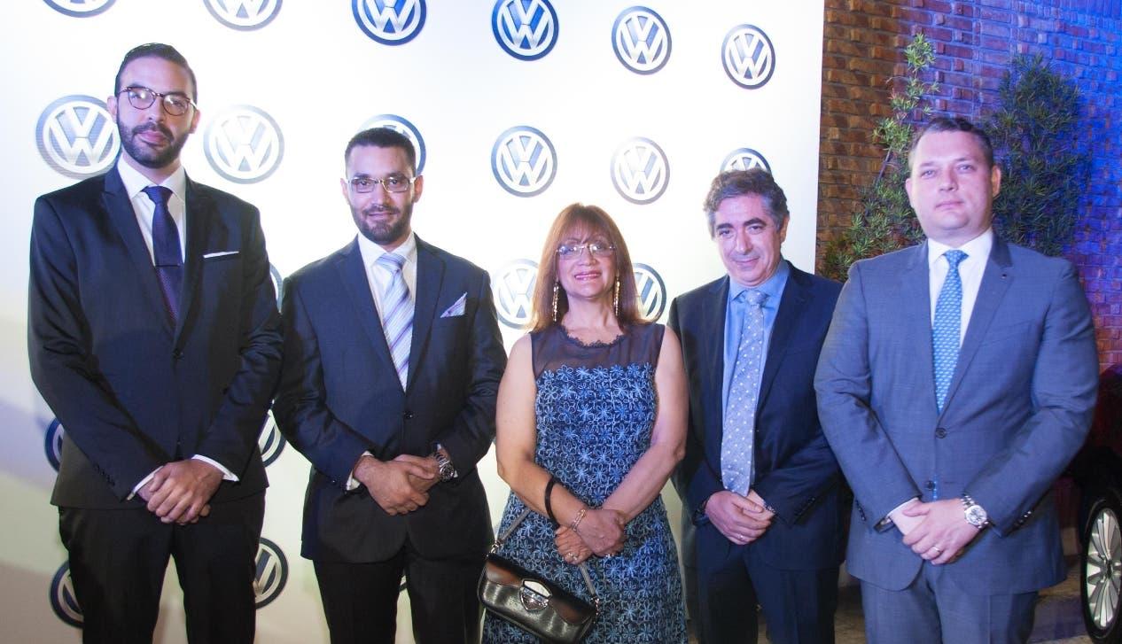 Raúl Barrientos, Juan Adres Frías, Milagros Abreu,  Ralphy Bensadon y Alex Yaryura