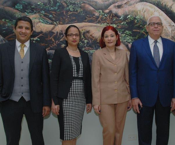 Rubén Martínez, Rosanna Filpo, Zurina Lench, Silvestre Aybar Sánchez y Digna Paulino.
