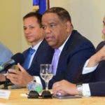 Danilo Díaz junto a Heriberto Morrison, Edi Medina y Luis Mejía. Fuente externa