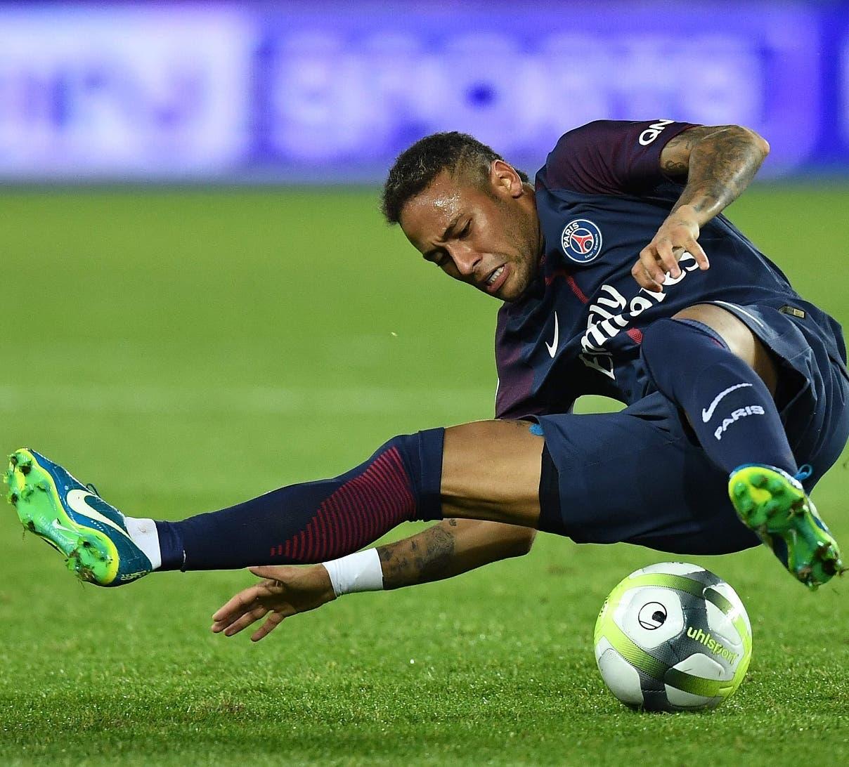 Neymar podría estar alejado de las canchas por 3 meses por cirugía