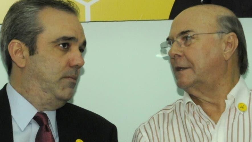 Luis Abinader e Hipólito Mejía recorren diferentes lugares del país en promoción de candidaturas. archivo