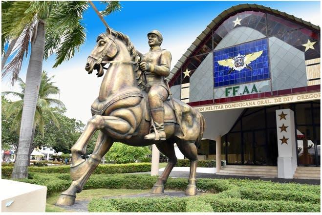 Fuerzas Armadas conmemora 154 aniversario de la Restauración