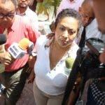 Marlyn Martínez, madre del joven Marlon Martínez, principal sospechoso en la desaparición de la joven Emely Peguero Polanco.